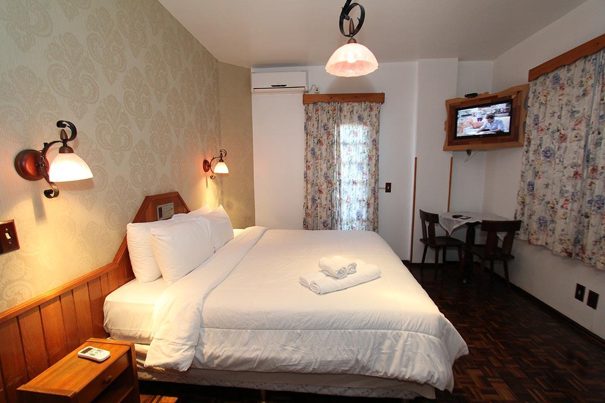 apartamento_superior_com_hidromassagem_treze_tilias_park_hotel
