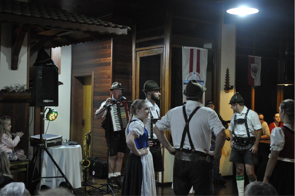 apresentacao_grupo_de_dancas_lindental_treze_tilias_park_hotel (6)