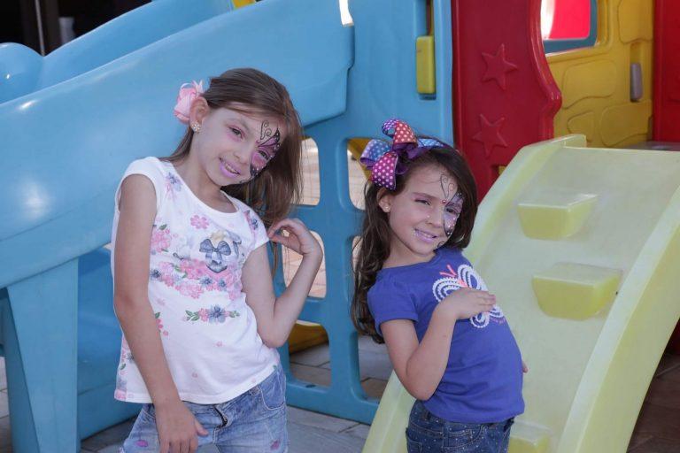 criancas_maquiadas_brincando_area_externa_natal_2019_treze_tilias_park_hotel